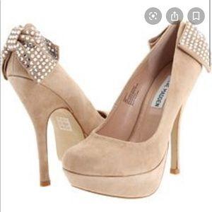 Steve Madden size 10 nude heels